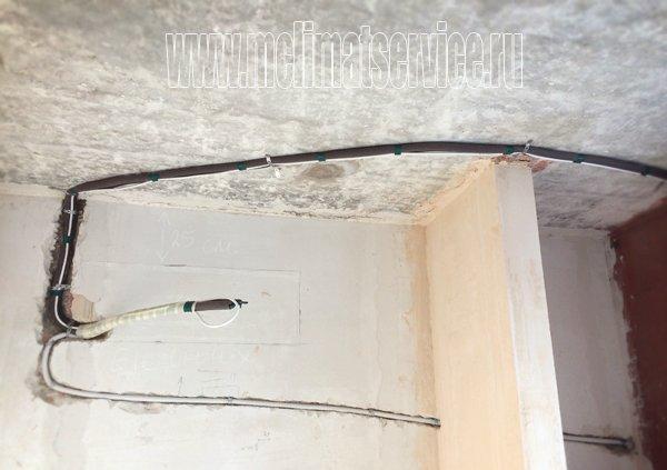 Отдельная прокладка дренажной трубки кондиционера в канализацию