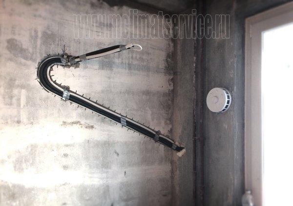 установка кондиционера в два этапа во время ремонта